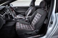Автомобилни седалки